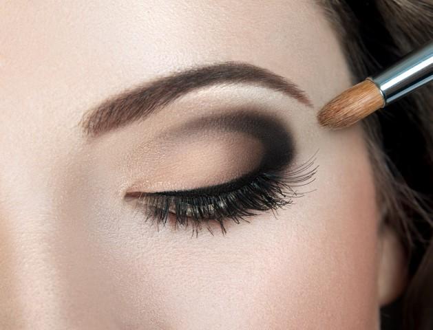 Beauty strahlend sch nes make up f r die braut - Maneras de pintar los ojos ...