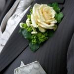 Dunkler Hochzeitsanzug