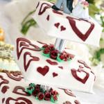 Hochzeitstorte mit Zuckerguss