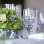 Klassische Tischdekoration