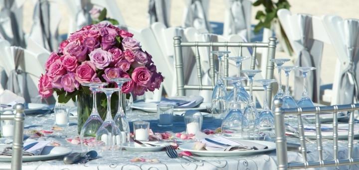 Rosa Hochzeitsdekoration