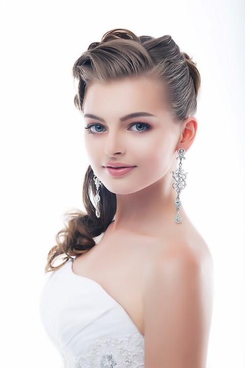 Hochzeitsfrisuren für jede Gesichtsform: Oval, rund, eckig oder herzförmig  braut.org