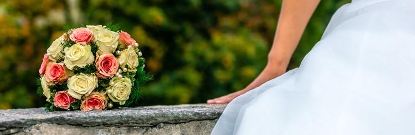 Blumendeko zur Hochzeit