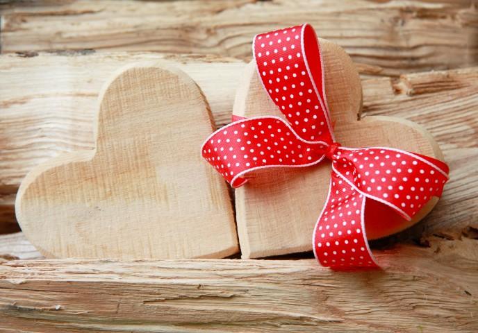 Hochzeitsgeschenk aus Holz