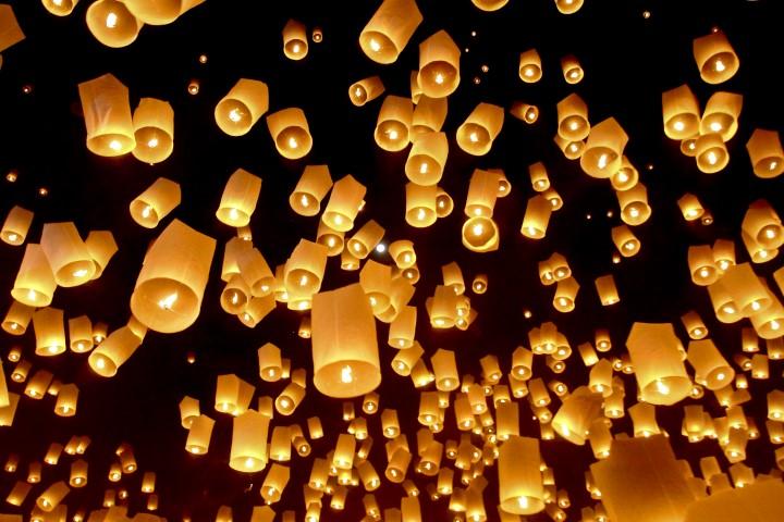 led luftballons steigen lassen